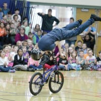 Matt Wilhelm performing at Northern Lights Elementary.