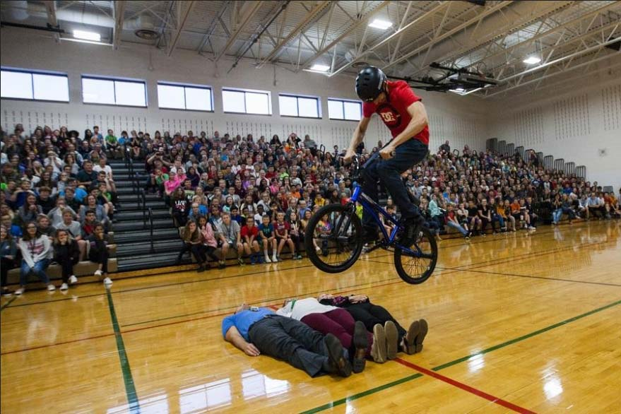 Anti-bullying school assemblies in Illinois