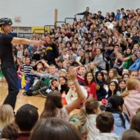 Middle School Assemblies in Suburban Chicago